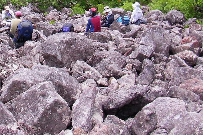 巨石のガレ場