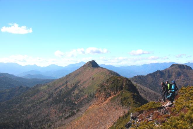 クマネシリ岳山頂からの景色